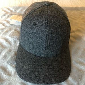 Lululemon Baller Hat dark grey new with tags